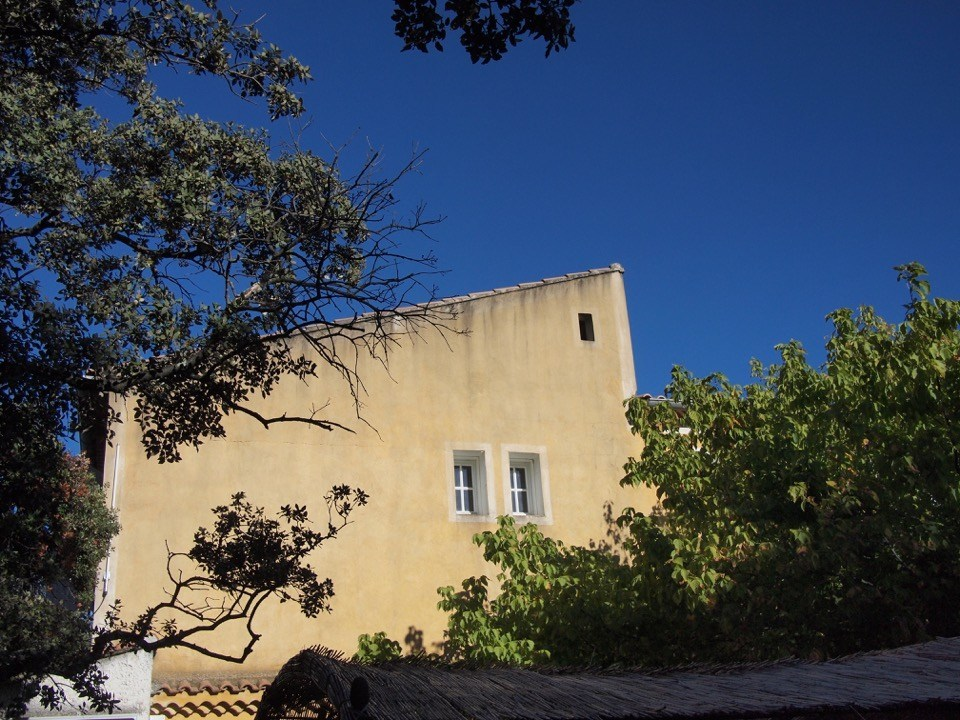 Transient roof top - Rousillon