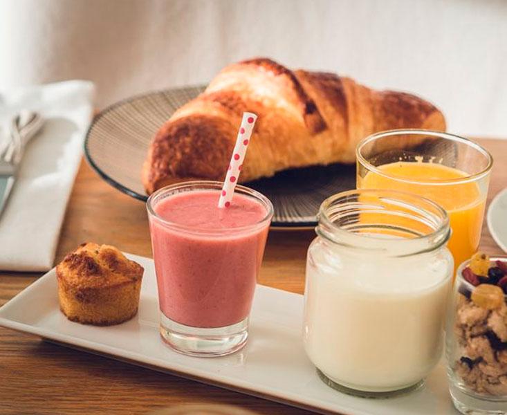 Breakfast at Maison Ailleurs